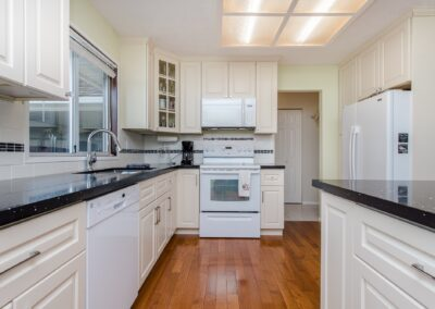 kitchen cabinets abbotsford